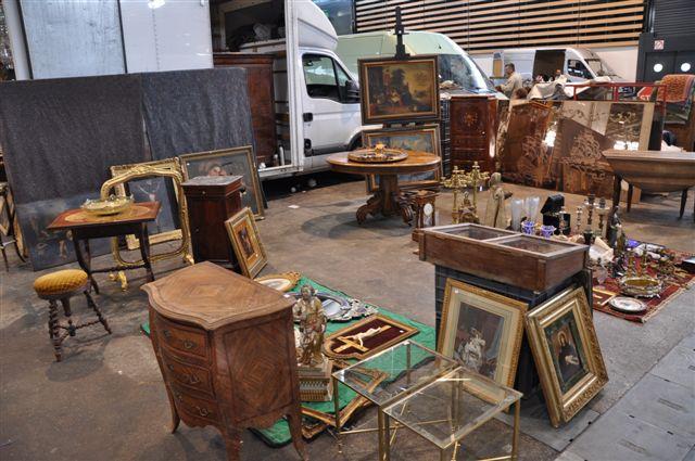 Antiques Trade Fairs   Cipolat sa
